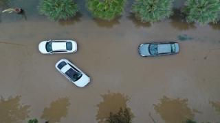 İzmir'deki sel felaketi havadan görüntülendi