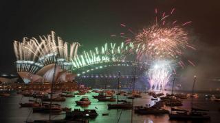 Salgından en az etkilenen Yeni Zelanda, 2021 yılını coşkuyla kutladı