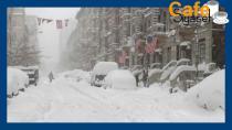 Kar yağışı trafiği alt üst etti! ABD'de 8 TIR birbirine girdi
