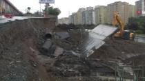 Başakşehir'de yağışın etkisiyle yol çöktü!