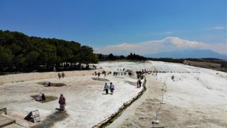 Beyaz cennet'e yerli ve yabancı turistlerden yoğun ilgi