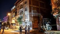 Sultangazi'de iki bina çökme tehlikesi nedeniyle boşaltıldı