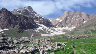 Türkiye'nin zirvesi 20 bin yıllık Cilo buzulları eriyor
