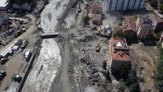 Felaketin boyutunu gözler önüne seren binaların son hali