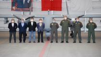 Deniz Kuvvetleri ilk AKSUNGUR SİHA'yı teslim aldı