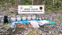 Bingöl'de terör örgütüne ait 2 sığınak imha edildi