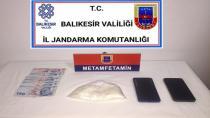 Jandarmadan uyuşturucu satıcılarına operasyon